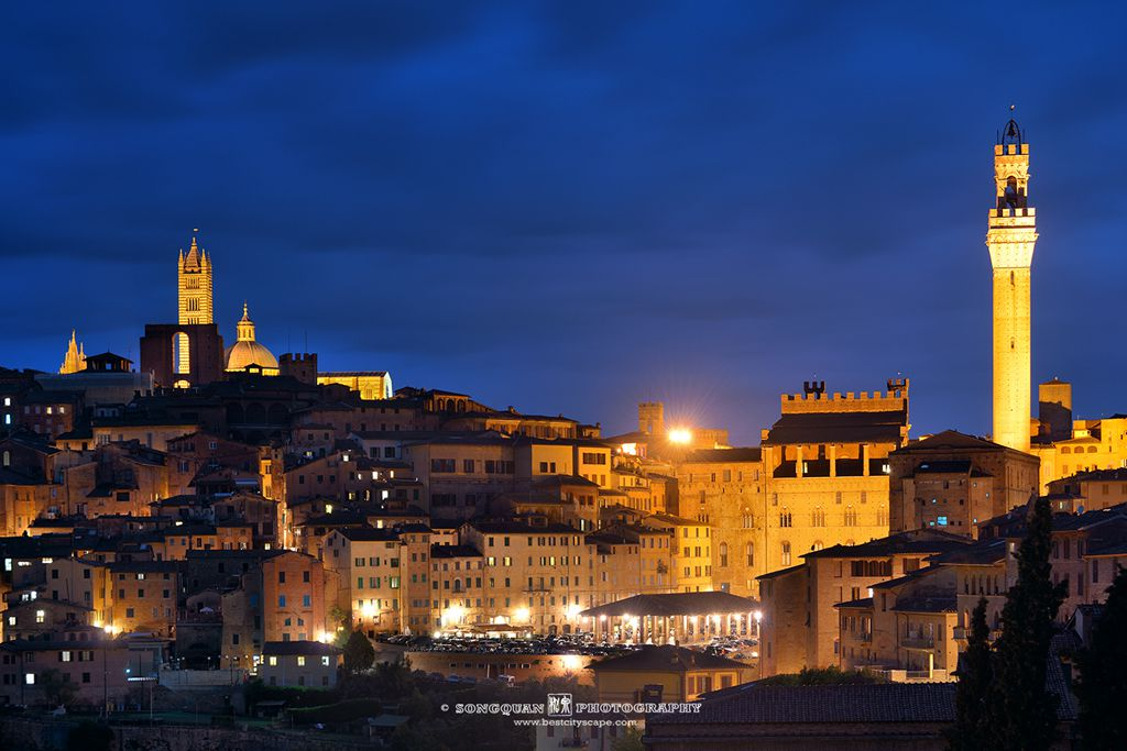 Dusk in Medieval Town Siena. Preview photo from my Italy trip.