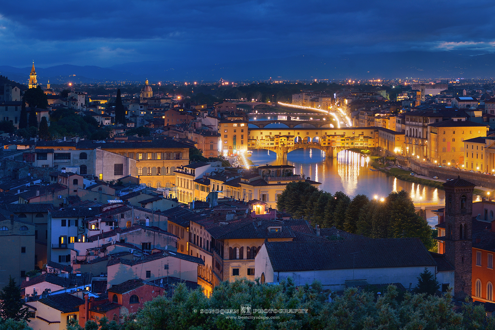 Florence dusk after sunset